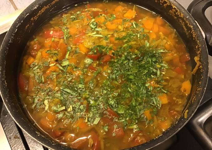 Potage oriental aux carottes et courgettes