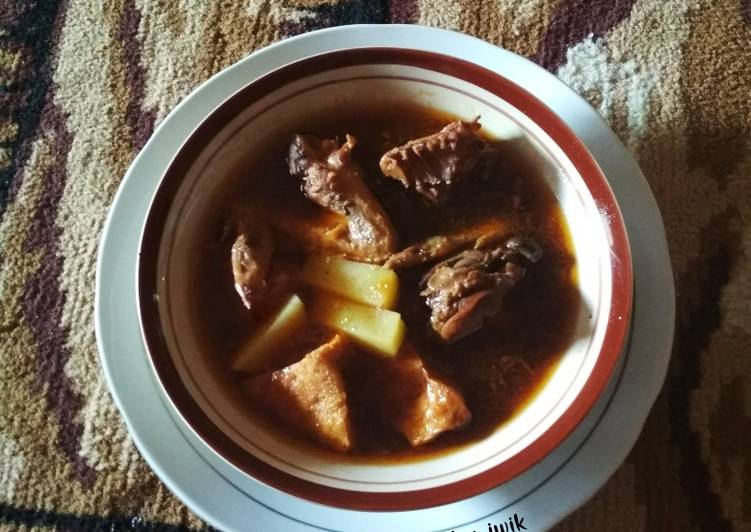 Semur ayam kentang tahu (made in suami)