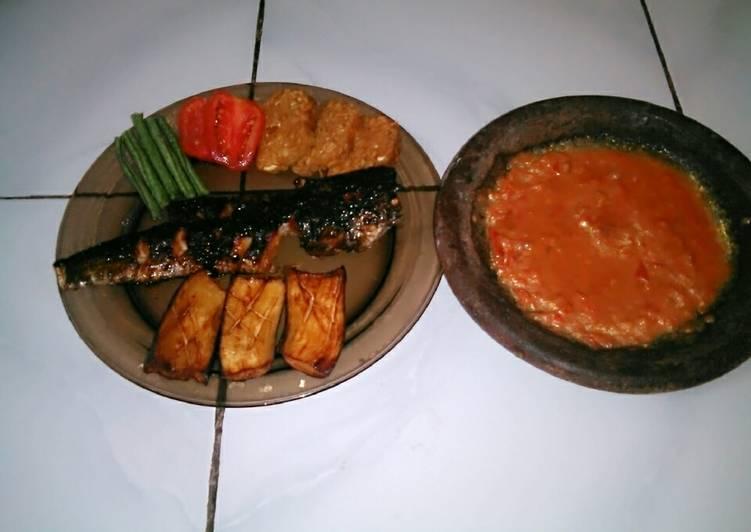 Haruan panggang sambal tomat