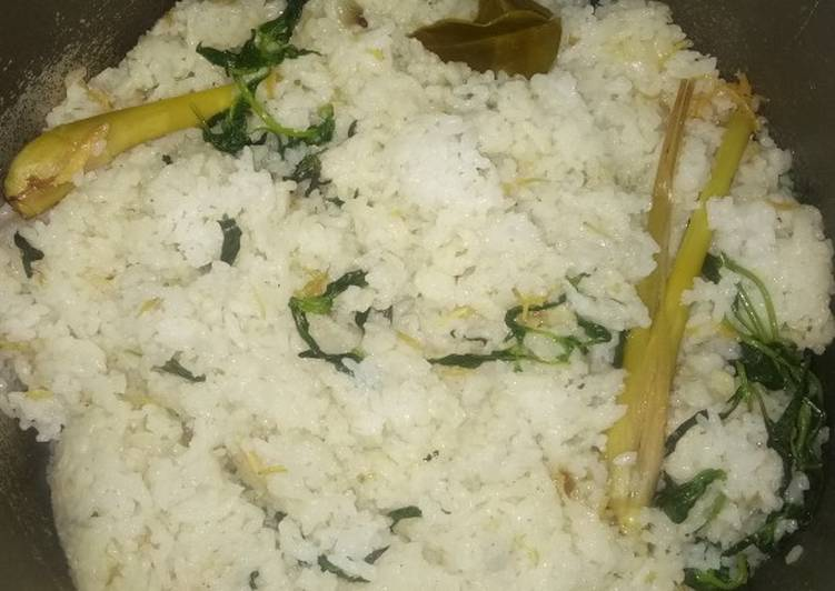 Nasi liwet teri nasi kemangi