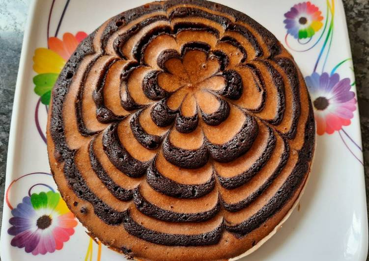 Recipe: Perfect Biscuit Marble cake/ Eggless Marble cake without oven