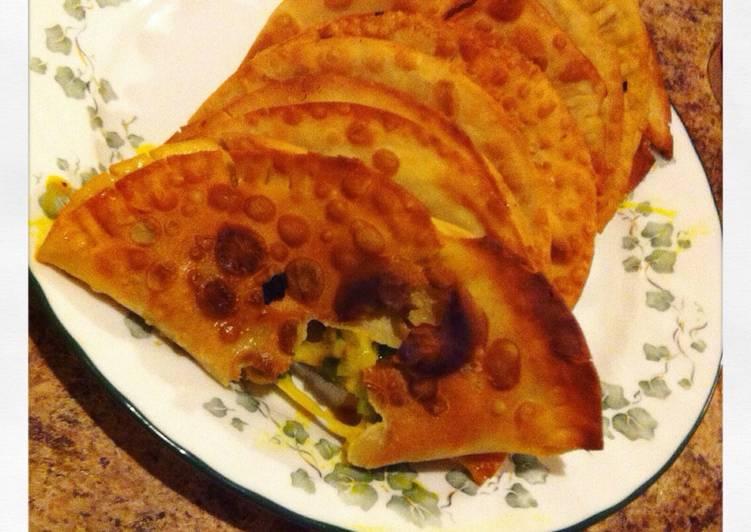 Empanadas de sofrito y queso
