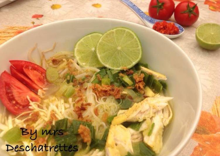 How to Make Super Quick Homemade Chicken soup(soto ayam)