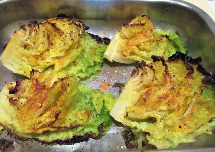 Col rizada al horno  con tumérico - veggie
