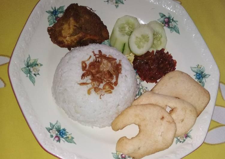 Resep Nasi uduk ayam goreng Paling Enak