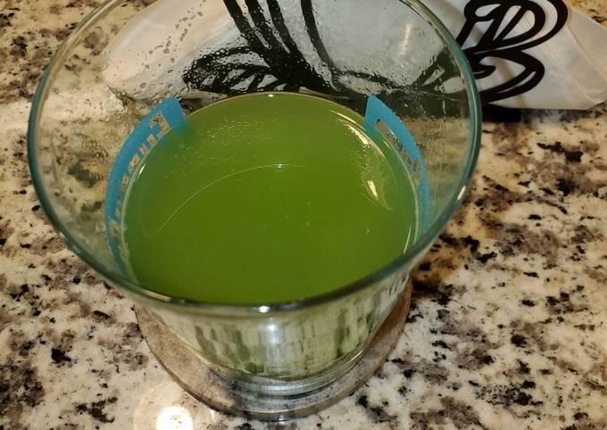 Refreshing green juice