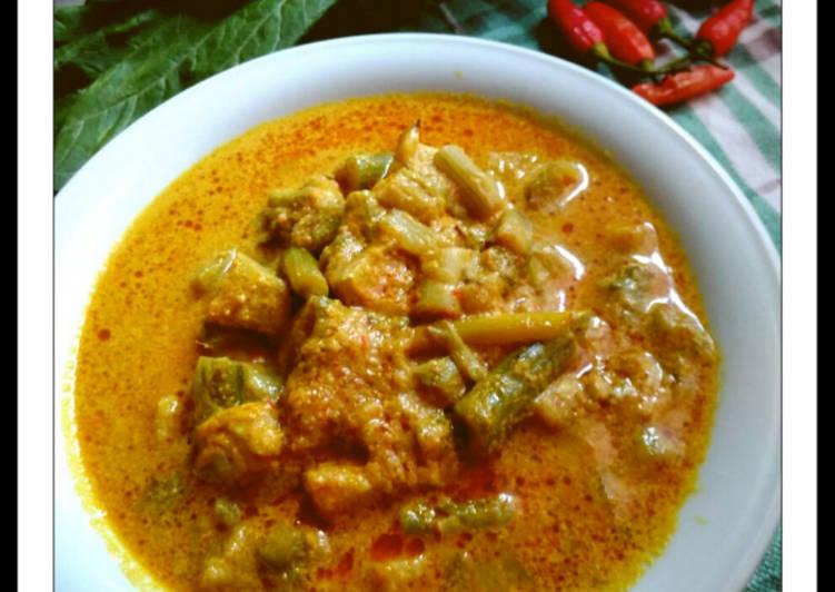 Sayur Lompong (Batang Talas)