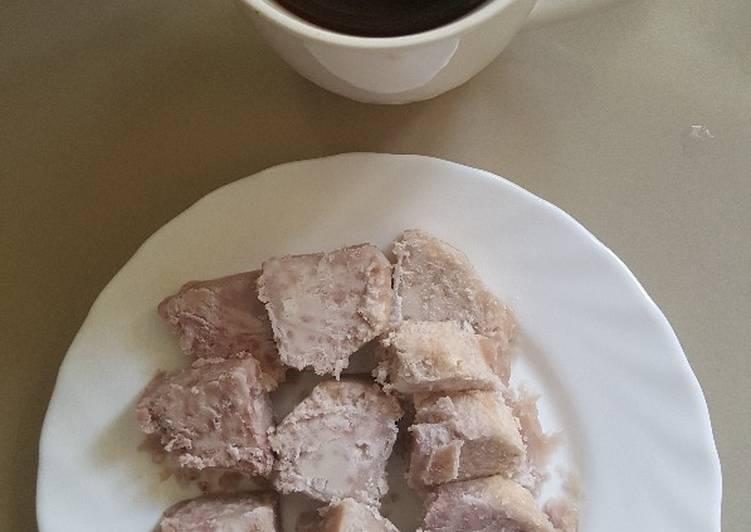 Black Tea and Nduma (Arrow roots)