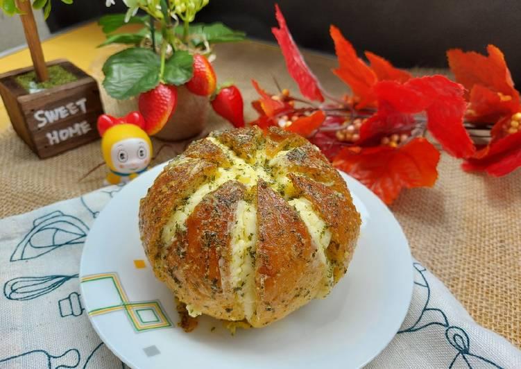 Roti Korea ~Korean Cream Cheese Garlic Bread