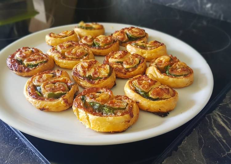 24• Recette Apéro N°1 : Palmier Pesto Rosso au Parmesan et Épinards