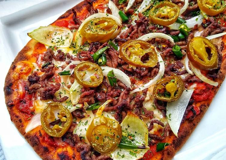 Simple Way to Make Award-winning Naan Bread Pizza (Hot 'n' Spicy) 🍕