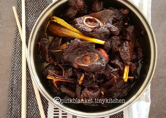 Mom's Oriental Lamb in Thick soy sauce