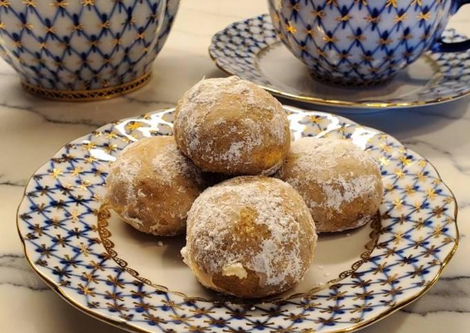 Russian Walnut Tea Cookies
