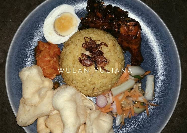 Nasi Kebuli Ayam Masak Mejikom Enakkkkk - cookandrecipe.com