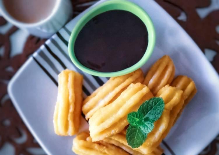 Resepi:  Churros bersama sos coklat  Dirumah