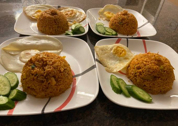 Indonesian style red fried rice (hot)