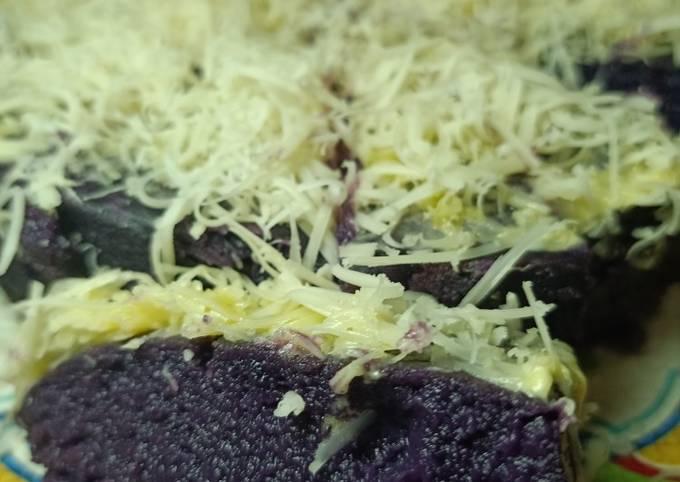 Brownish kukus ubi ungu