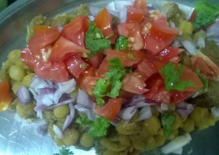 Quick and healthy Matar chaat (Dried peas, Matra, Yellow peas)