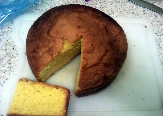 Yellow tea cake