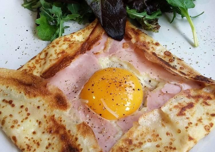 Crepe de jamón, queso y huevo
