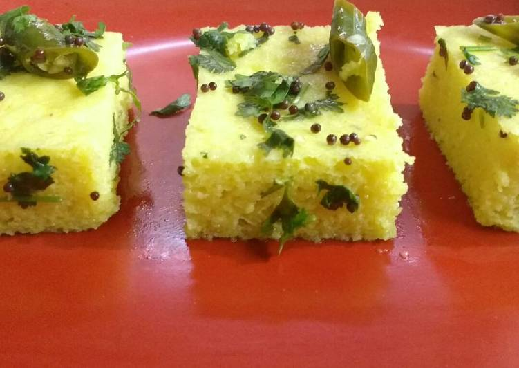 How to Cook Delicious Moong Dal Dhokla