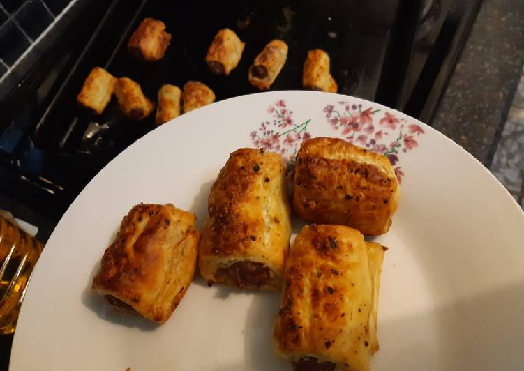 Recipe of Ultimate BEST cocktail sausage rolls