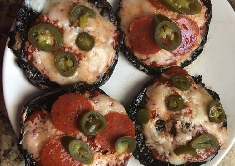 How to Prepare Ultimate Portobello Mushroom Pizzas