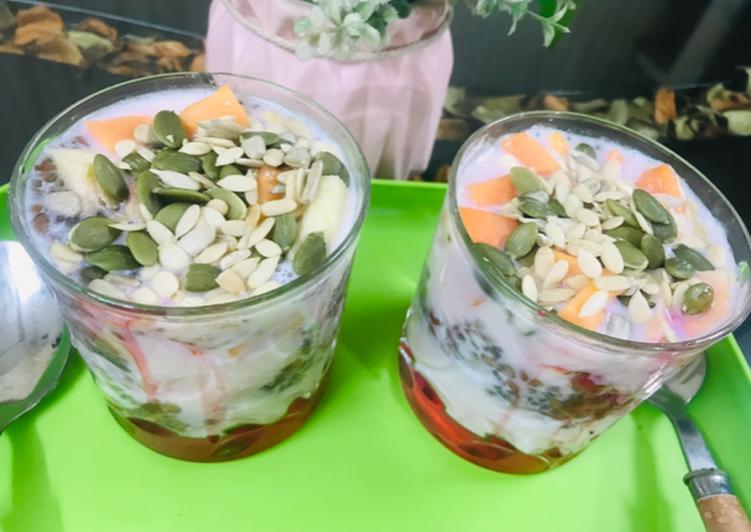 How to Make Super Quick Homemade Healthy milkshake