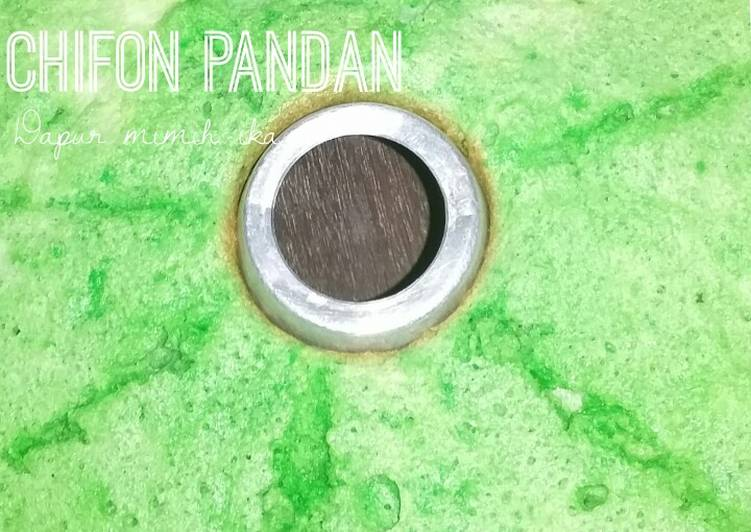 Chifon pandan with baking pan