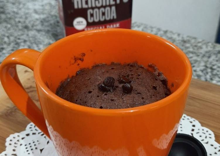 2 Minutes Chocolate Mug Cake