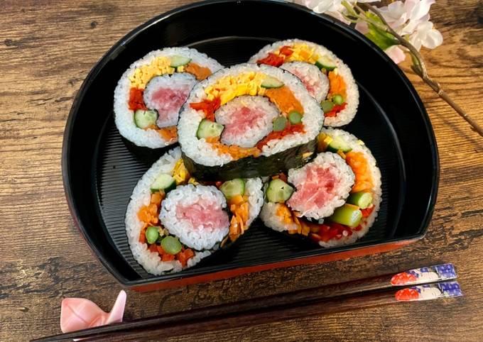 Japanese Kawaii Roll Sushi