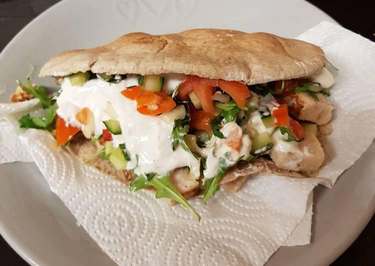 Recipe of Favorite My Really Full Chicken Pitta Bread. 😍