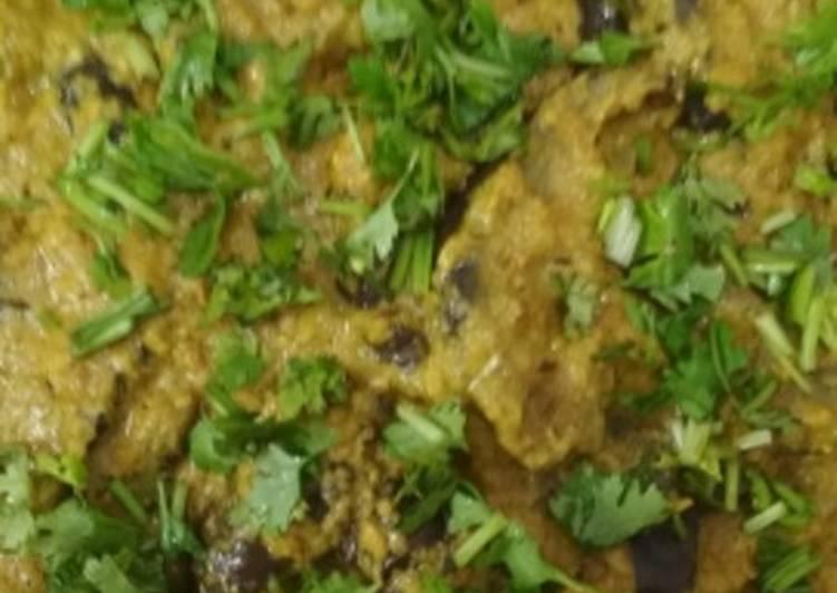 Hyderabadi Bangan (Eggplant)