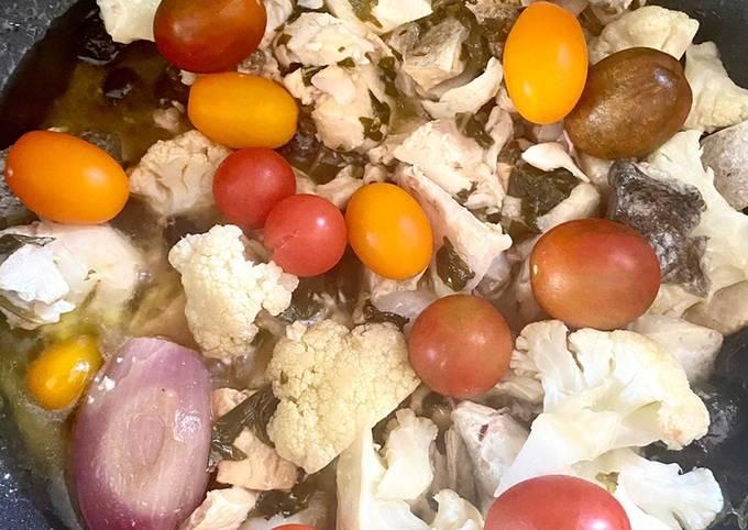Marmite de bar aux olives noires