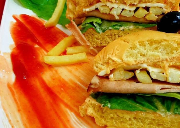 Chicken salami burger instant
