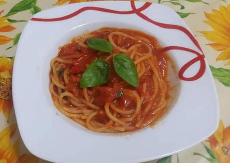 Ricetta Spaghetti ai datterini