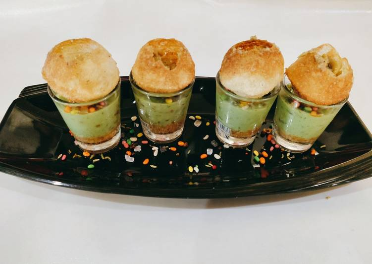 Golgappa paan cheese cake shots