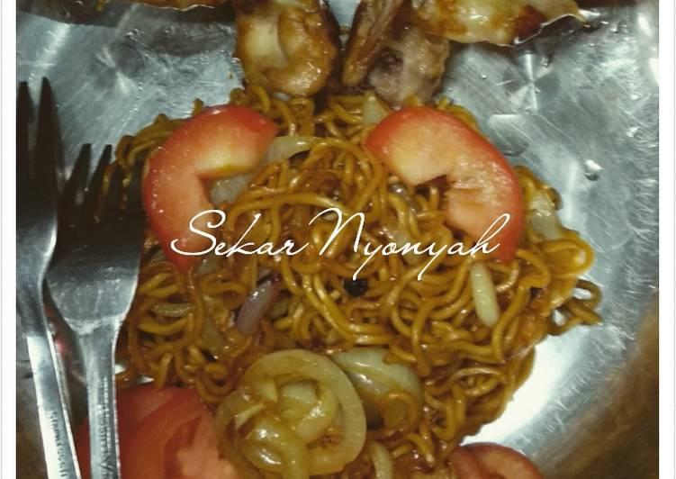 Resep 1. Mie goreng (menu anak) Favorit