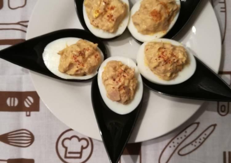Œufs durs farcis au thon, citron et pimentón