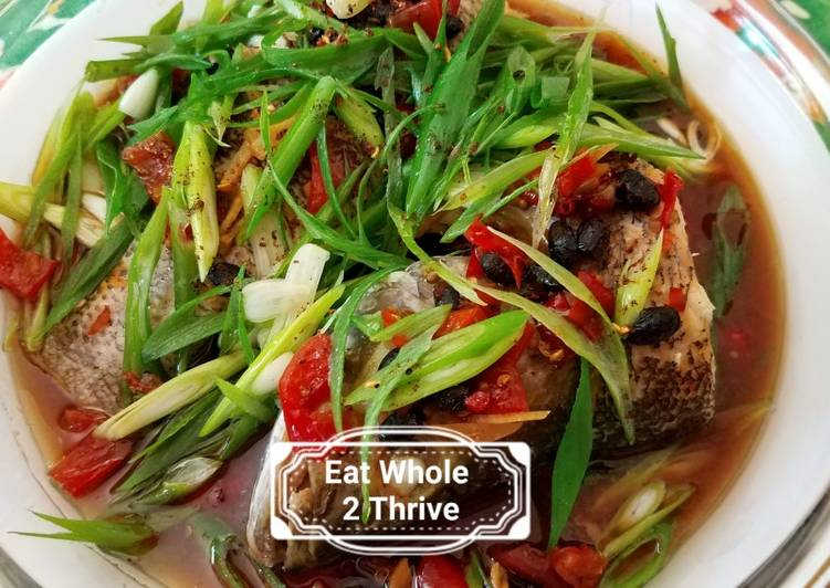 Steamed bass with scallions, pickled chillies and Ginger葱油鲈鱼