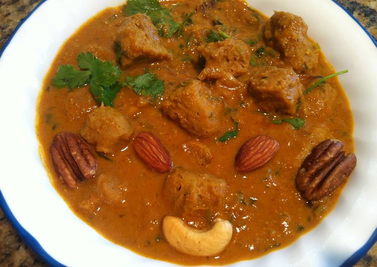 Soya Chunks Curry