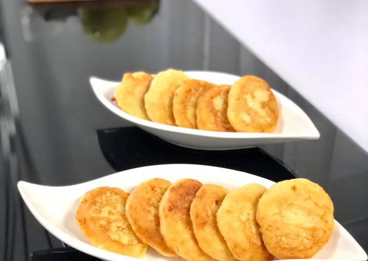 Mini pancakes pommé-chèvre frais