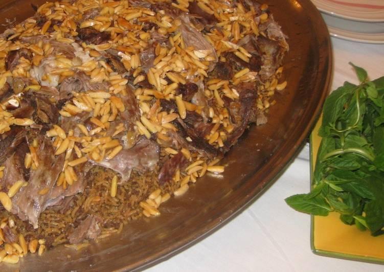 Ouzé - Rice and lamb