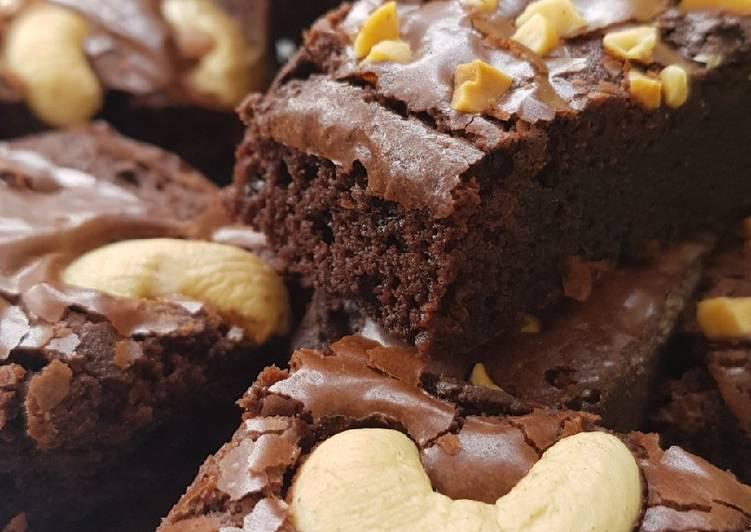 Shiny Fudgy Brownies ; Brownies legit mengkilap dan tipsnya
