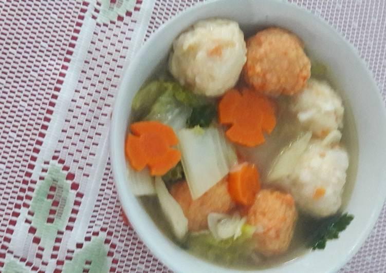 Bakso Seafood sawi putih