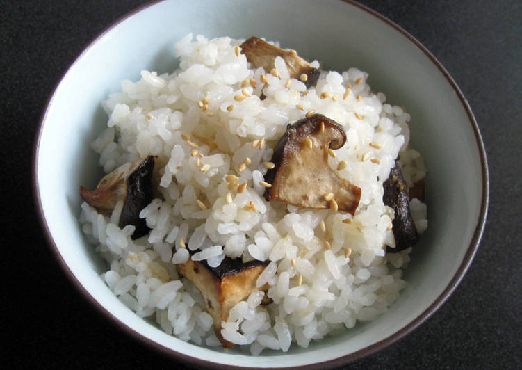 Simple Way to Prepare Ultimate Grilled Shiitake Mazegohan
