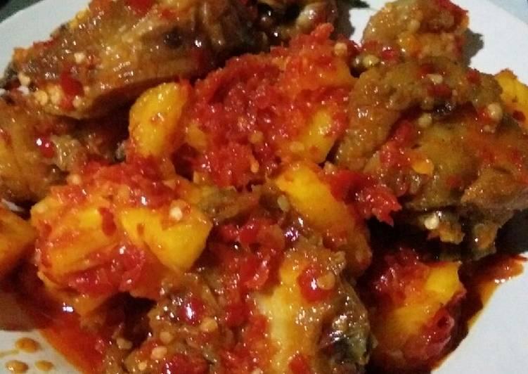 Sambal ayam goreng nanas