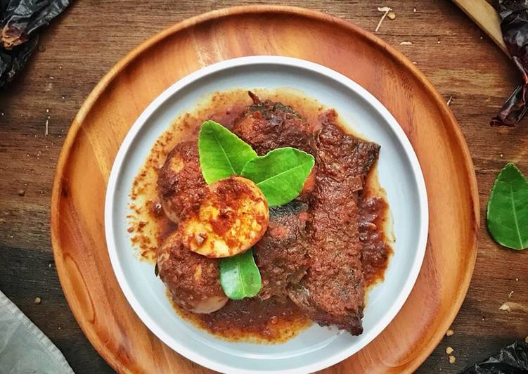 Haruan masak habang/sambal bali ikan gabus