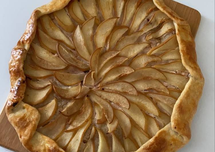 Recipe of Speedy Galette with pears