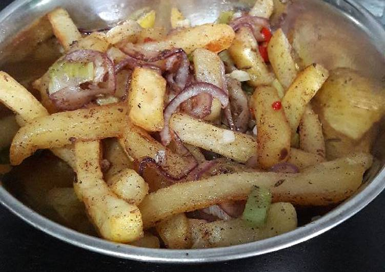 How to Prepare Appetizing Salt n chilli chips